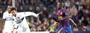 Abidal amplía su contrato con el Barcelona hasta el 2012