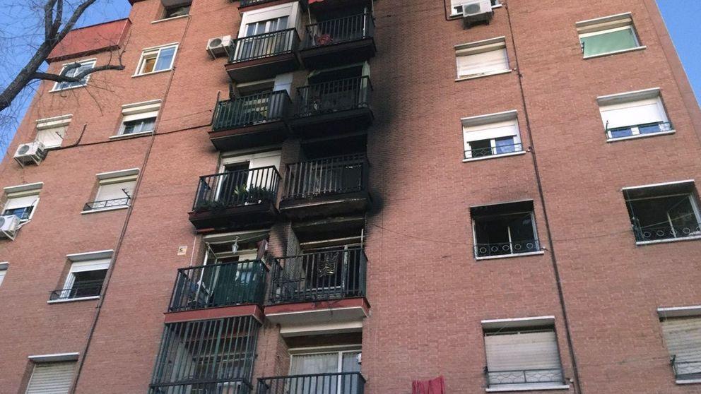 Un muerto y tres heridos muy graves por un incendio en Vallecas