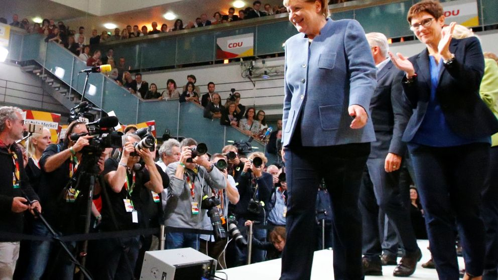 Merkel gana unas elecciones marcadas por el peligroso auge de la ultraderecha