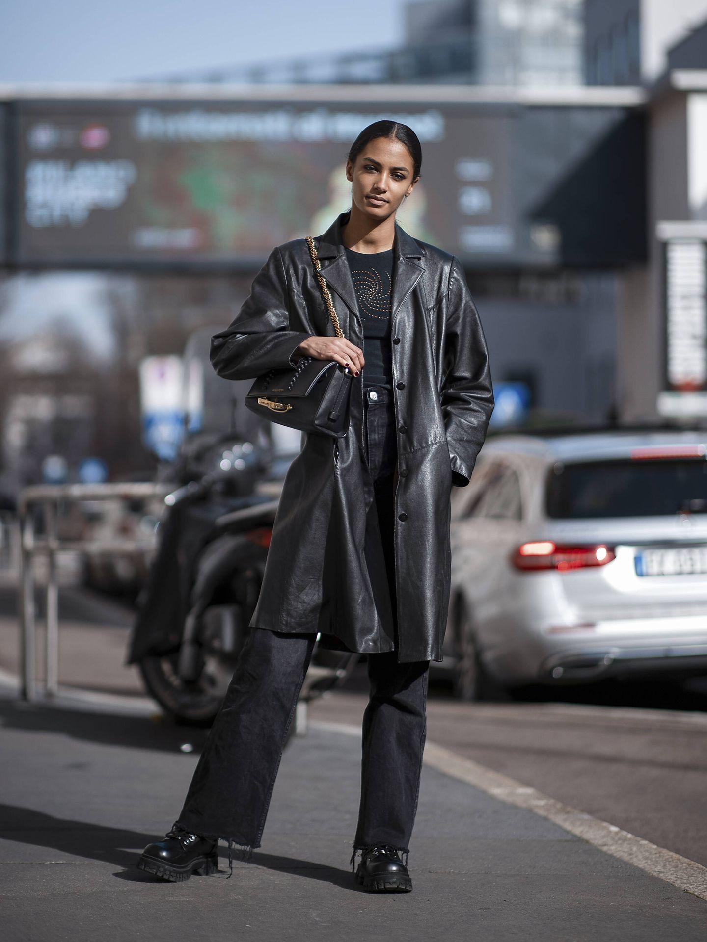 El abrigo de cuero como 'must have'. (Imaxtree)