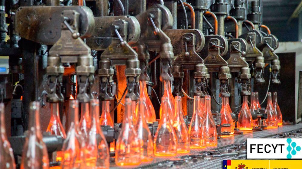Foto: Cadena de producción de botellas en Vidrala, Llodio