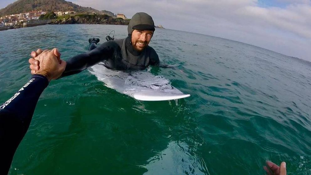 El surfista Kepa Acero vuelve a nacer: De milagro no estoy parapléjico