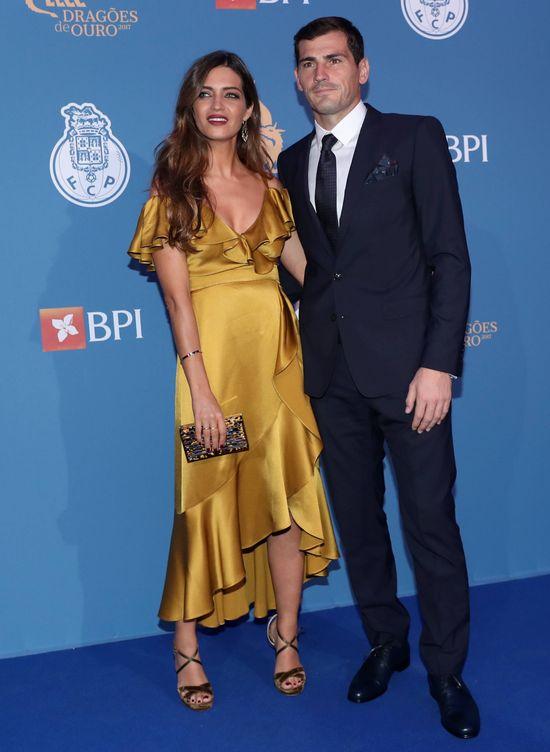 Foto: Sara Carbonero e Iker Casillas, durante la gala de los Dragones de Oro en Oporto. (Gtres)