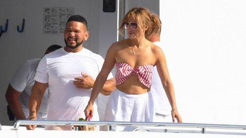 Ben Affleck y Jennifer Lopez, en yate con el look más cool para pasar el verano