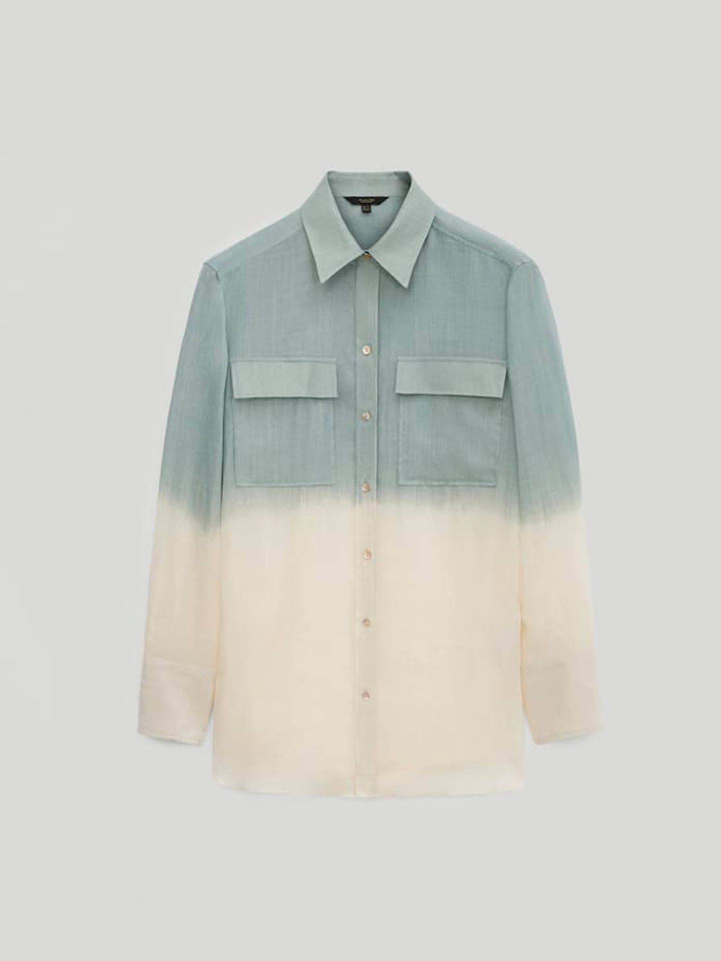 Camisa tie-dye de Massimo Dutti. (Cortesía)