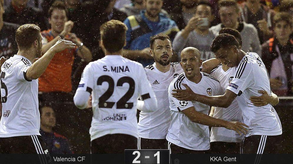 Foto: Feghouli adelantó al Valencia (EFE).