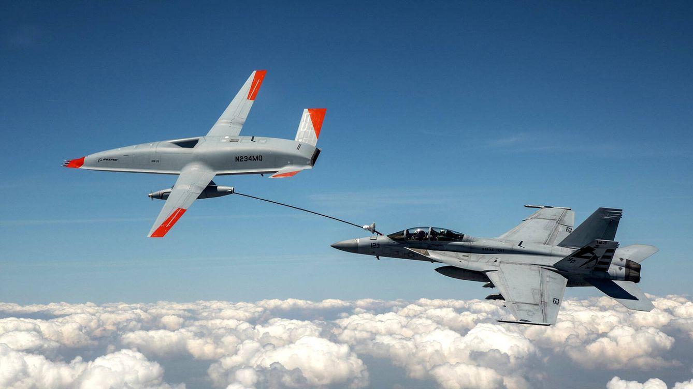 Foto: El dron MQ-25 T1 alimentando a un F-18 (Boeing)
