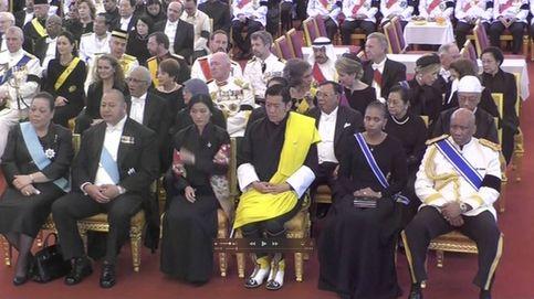 Queens in black: la realeza, de luto en Tailandia