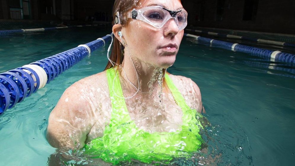 Apple meizu apple los auriculares para hacer deporte for Auriculares para piscina