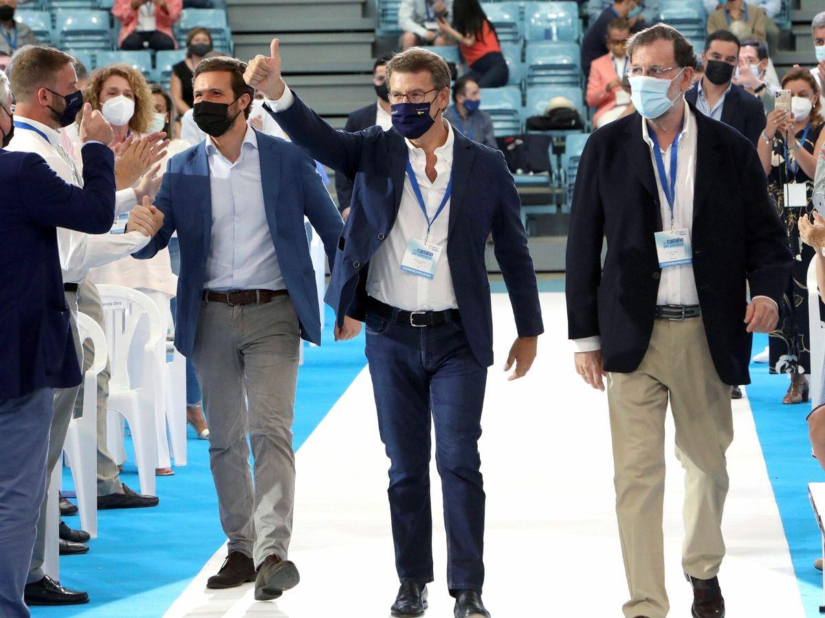 Foto: Pablo Casado, Alberto Núñez Feijóo y Mariano Rajoy. (EFE)