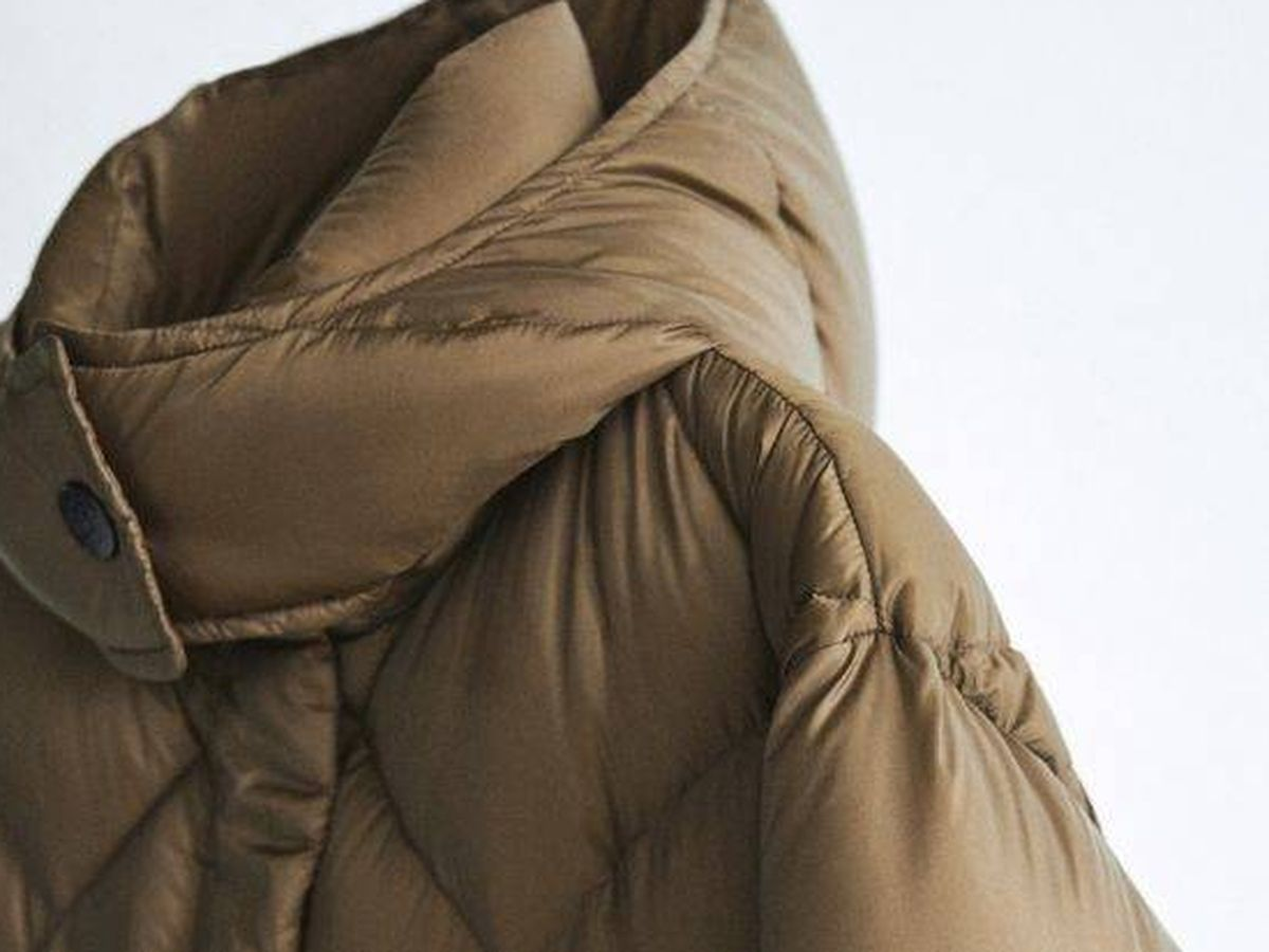 Foto: Abrigo de plumas de Massimo Dutti. (Cortesía)