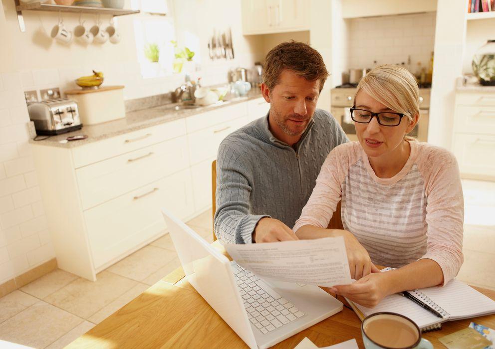 Foto: Los problemas financieros son una de las causas principales de las discusiones de pareja. (Corbis)