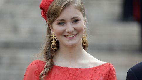 La princesa Elisabeth deslumbra de rojo en la Fiesta Nacional de Bélgica