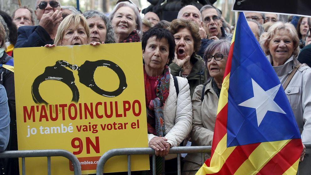 PSOE y Ciudadanos vetan en su acuerdo todo intento de convocar referendos
