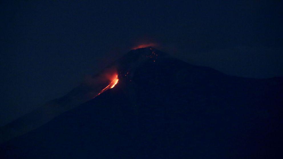 La ceniza y la lava dificultan los rescates tras la erupción del Volcán de Fuego de Guatemala