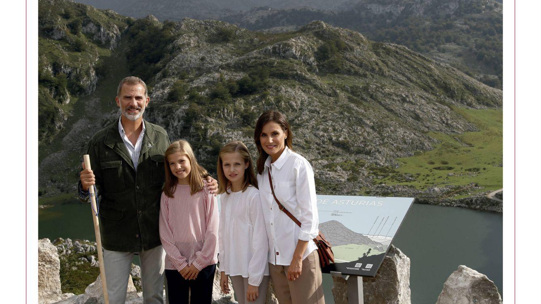 En Covadonga e informal: la felicitación navideña de los Reyes, Leonor y Sofía