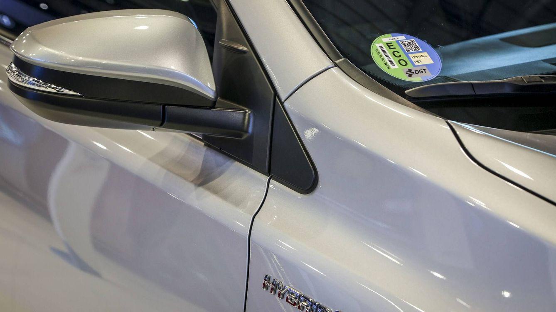 Dónde conseguir la etiqueta medioambiental para tu coche