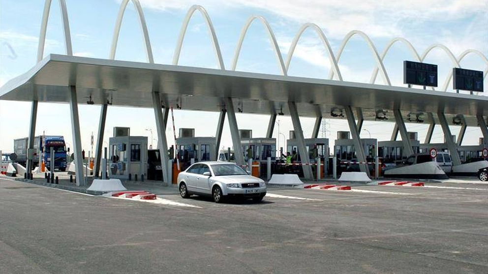 De la Serna contacta con los bancos para rescatar las autopistas en quiebra