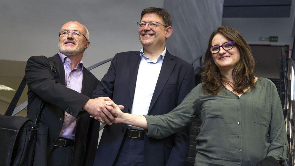 Foto: Los candidatos a la Presidencia de la Generalitat del PSPV, Ximo Puig (centro); Compromís, Mónica Oltra; y Podemos, Antonio Montiel. (EFE)