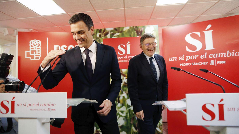 Sánchez y Puig, este 19 de mayo en la sede del PSPV. (EFE)