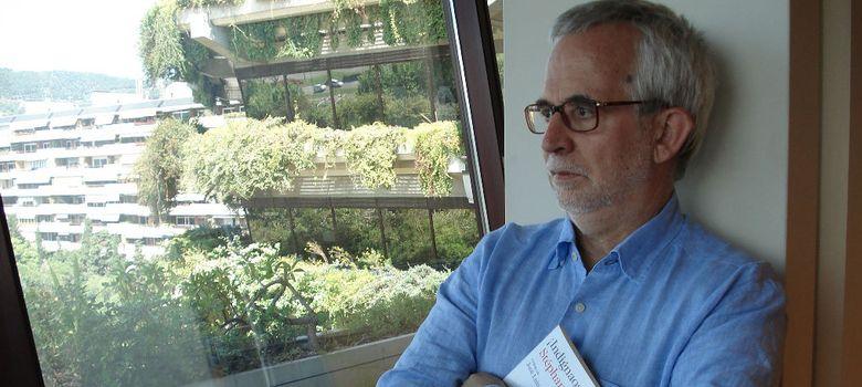Foto: El editor Ramón Perelló en su despacho del edificio Planeta, en Barcelona.