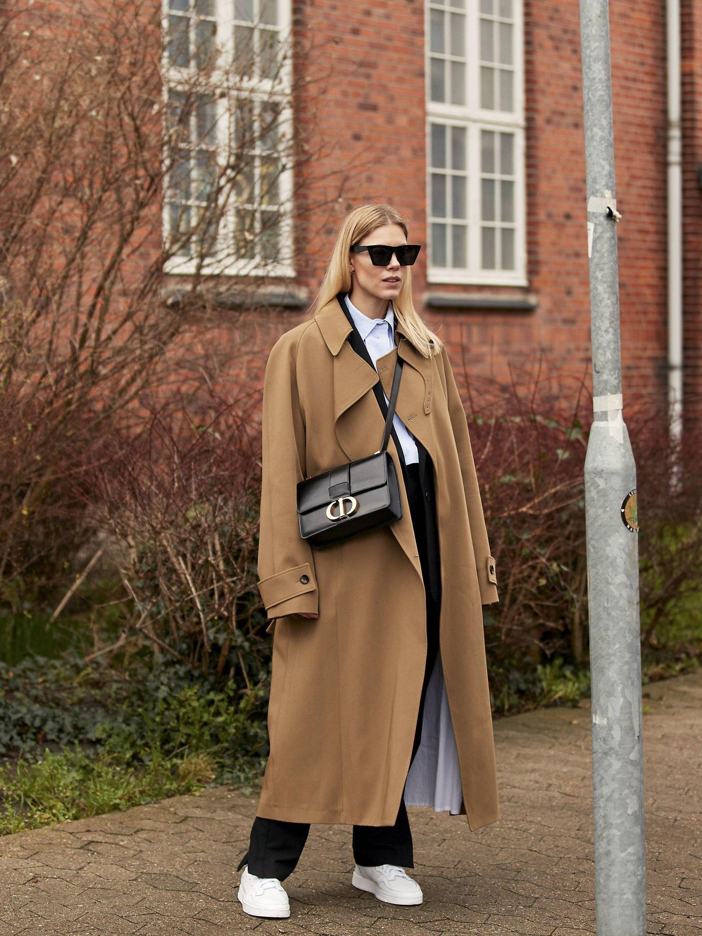 El abrigo camel en las calles. (Imaxtree)