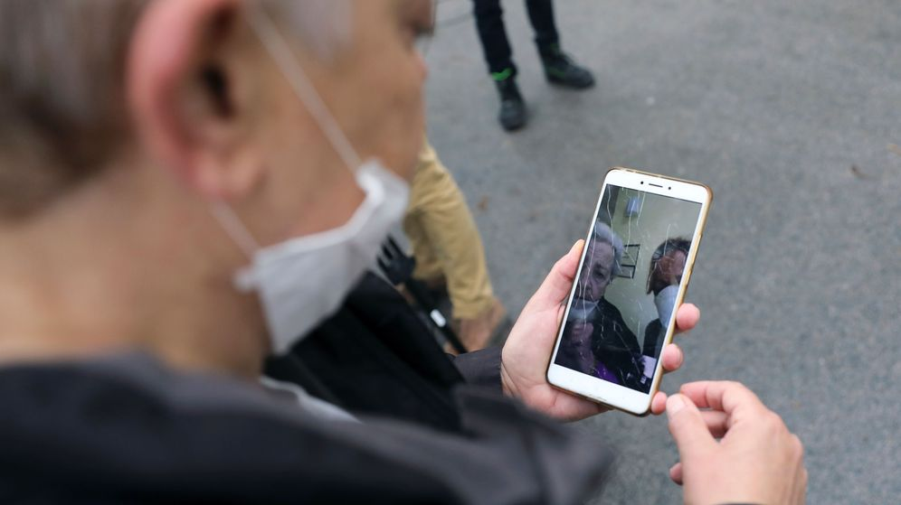 Foto: El Gobierno rastreará más de 40 millones de teléfonos móviles para un estudio de movilidad. (Reuters)