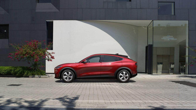 La poderosa autonomía del irreconocible Ford Mustang, más que un coche eléctrico
