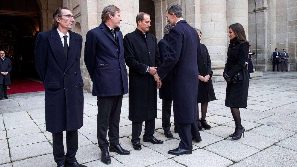 Reapariciones y distanciamientos: los entresijos del funeral de la infanta Pilar
