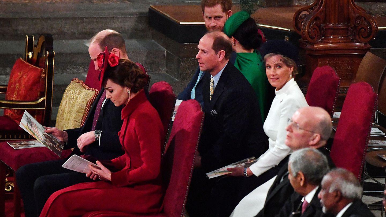Los duques de Sussex y los duques de Cambridge, este lunes en la abadía de Westminster. (Reuters)