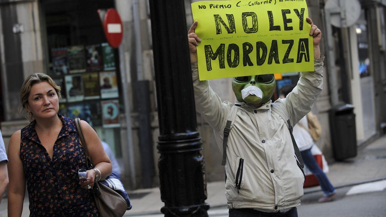 Foto: Imagen de la manifestación celebrada ayer en Madrid en contra de la nueva ley. (Reuters)