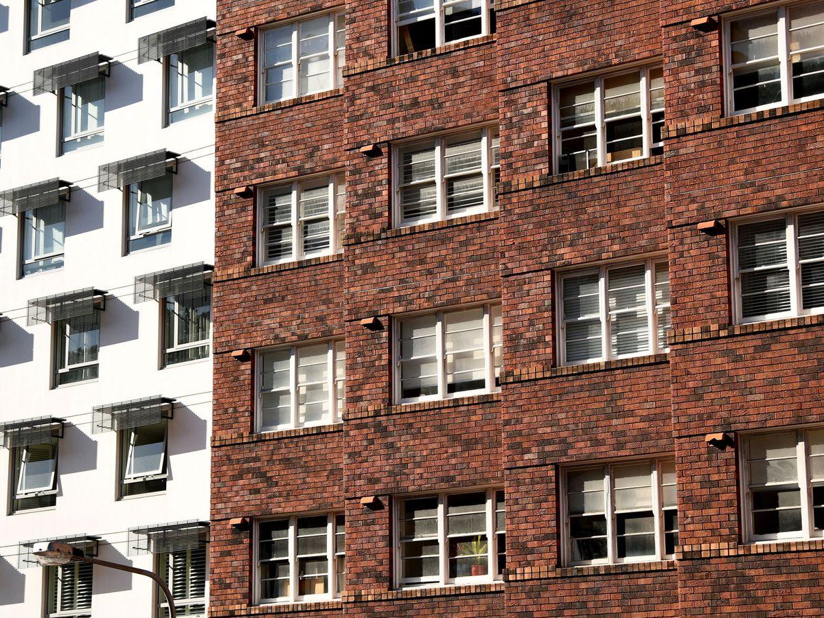 Foto: Vista de un bloque de viviendas. (EFE)