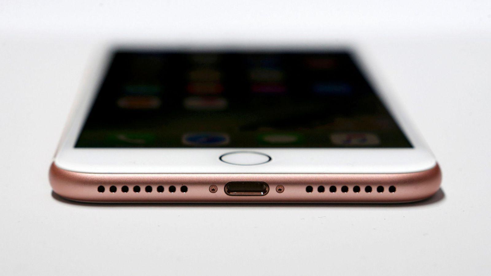 Foto: El iPhone 7 saldrá a la venta este viernes. (Reuters)