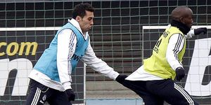 """Mourinho: """"Presidente, con Arbeloa y Lass basta, no quiero fichar a ningún lateral"""""""