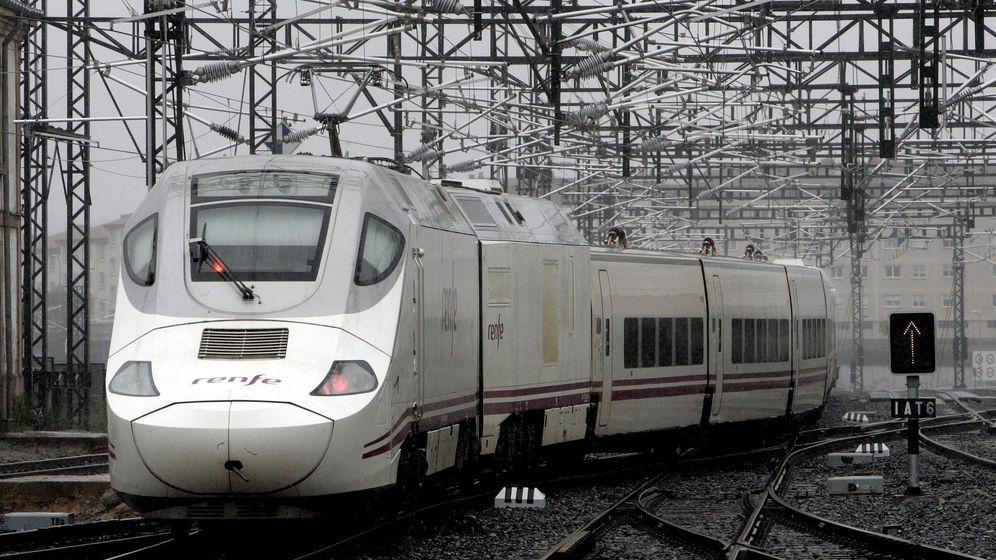 Foto: Un tren de Renfe. (EFE)