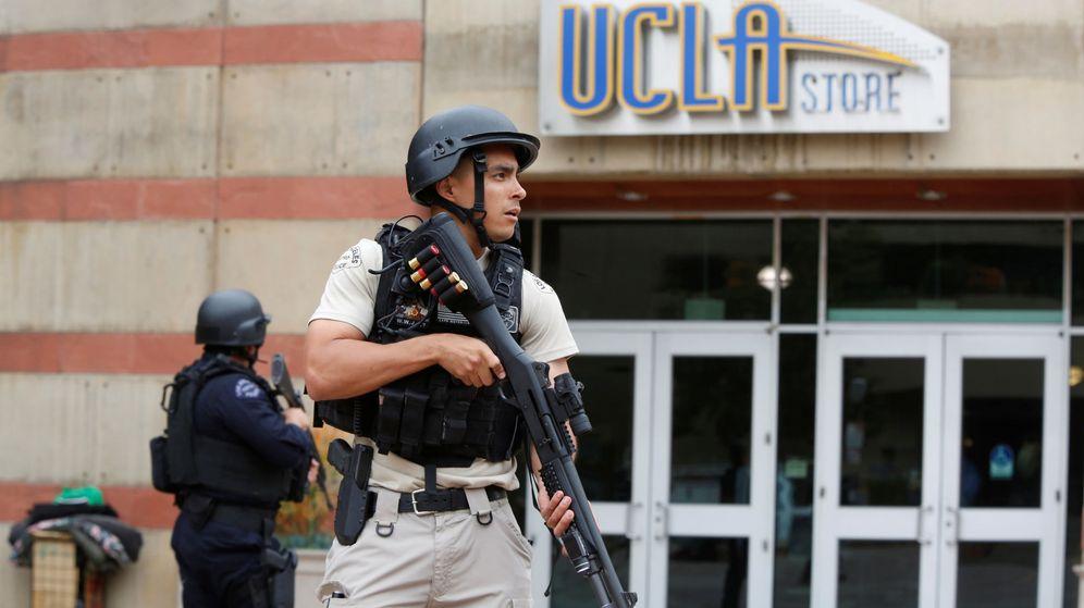Foto: La Policía de Los Ángeles vigila el campus. (Reuters)