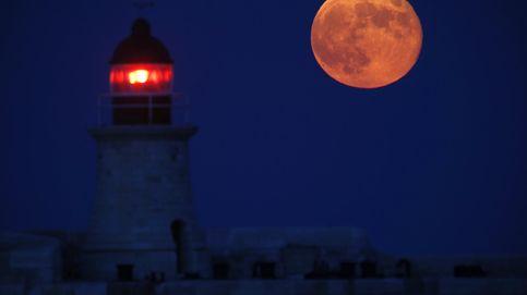 Luna llena de otoño: el día en que nuestro satélite se disfraza de calabaza