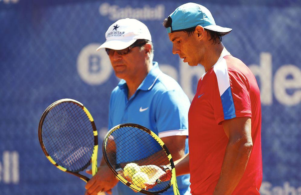 Foto: En la imagen, Toni Nadal junto a su sobrino Rafa (EFE)