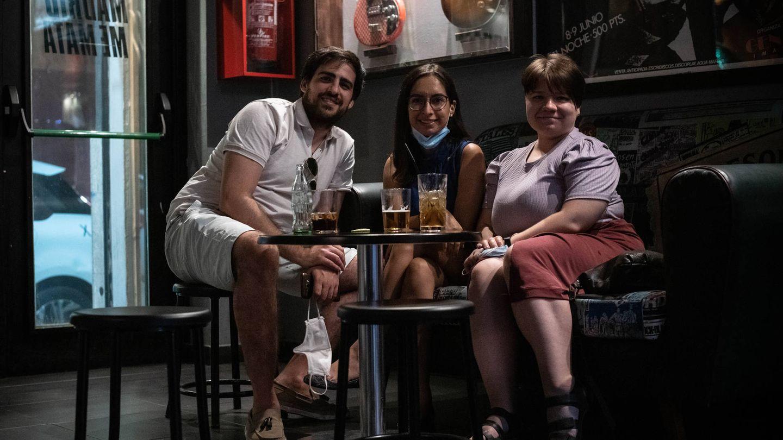 Anya (derecha) decidió venir a pasar el fin de semana a Madrid procedente de Países Bajos a pesar de las restricciones. (Fotografía: Carmen Castellón)