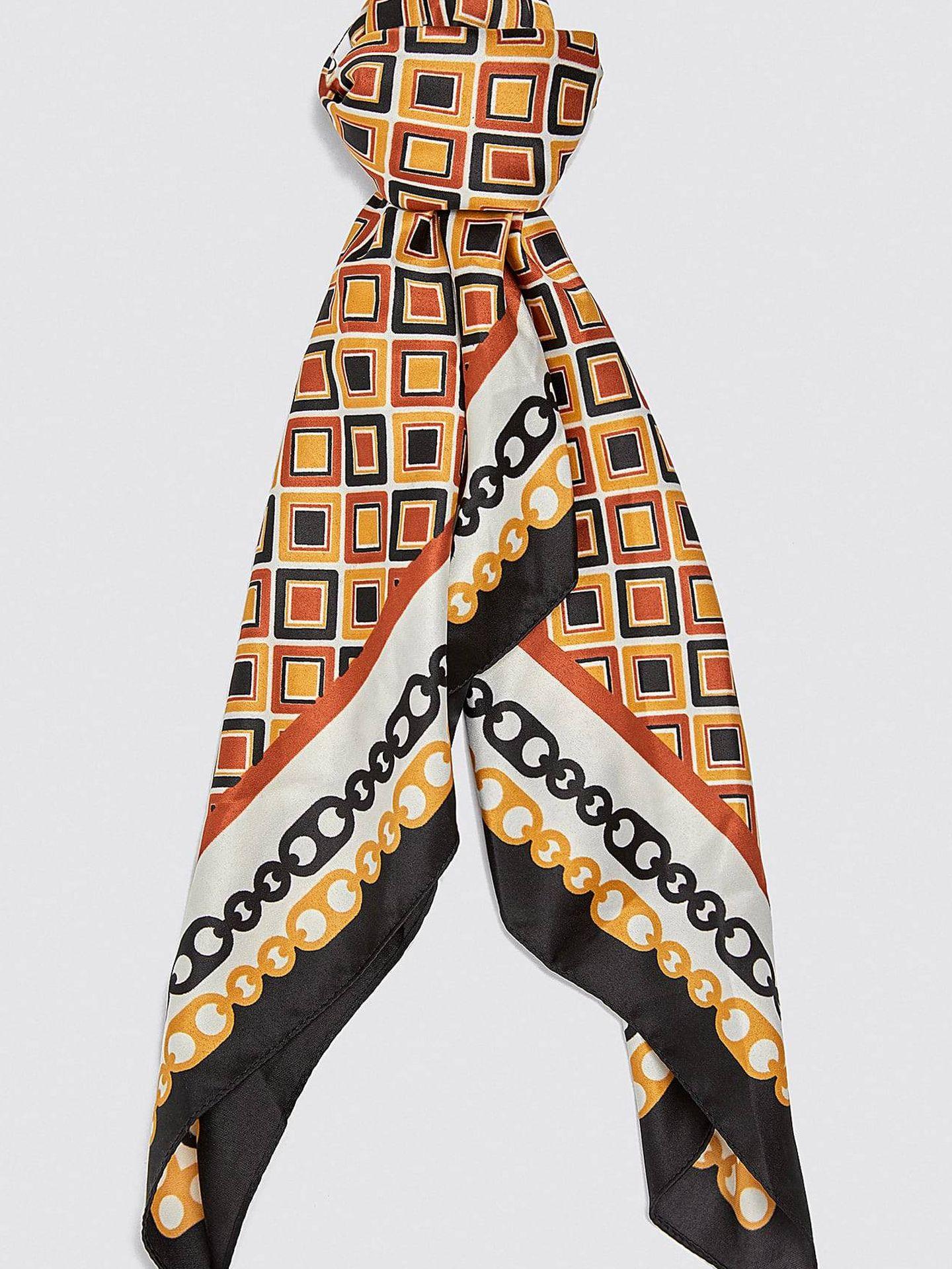 Pañuelo de Zara. (Cortesía)