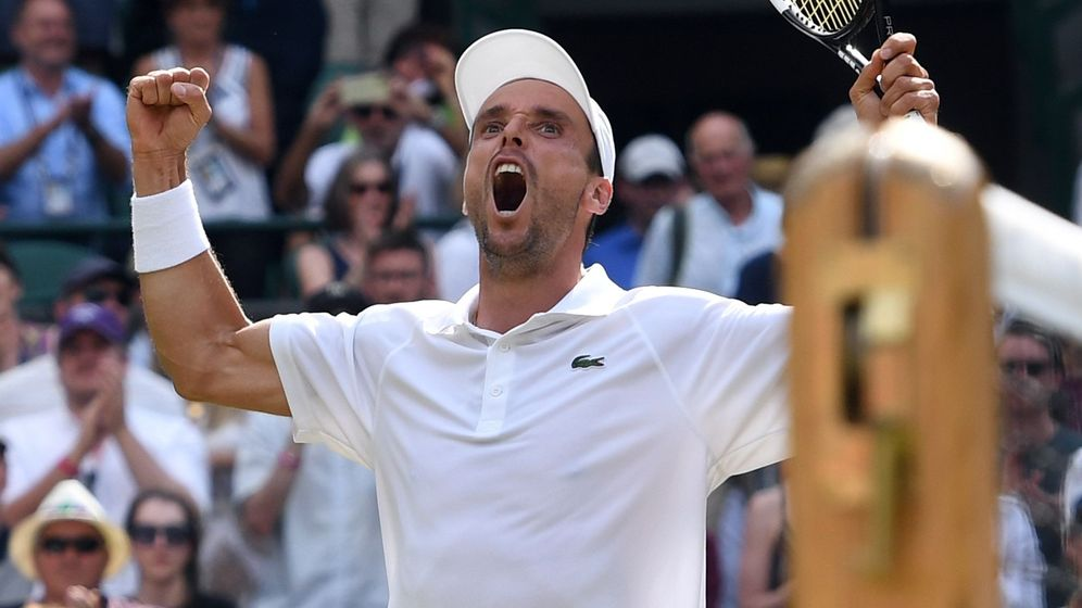 Foto: Bautista - Djokovic, en Wimbledon: horario y dónde ver en TV y 'online' (EFE)