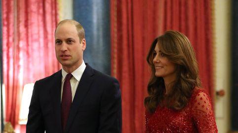 Kate Middleton, un bálsamo para Isabel II: sustituyéndola y brillando de rojo