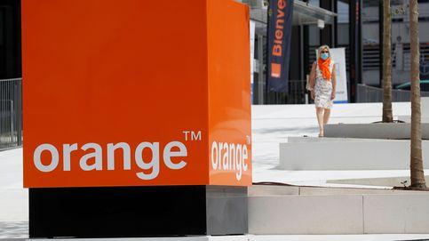 Orange da marcha atrás y se compromete a un ERE voluntario para evitar la huelga
