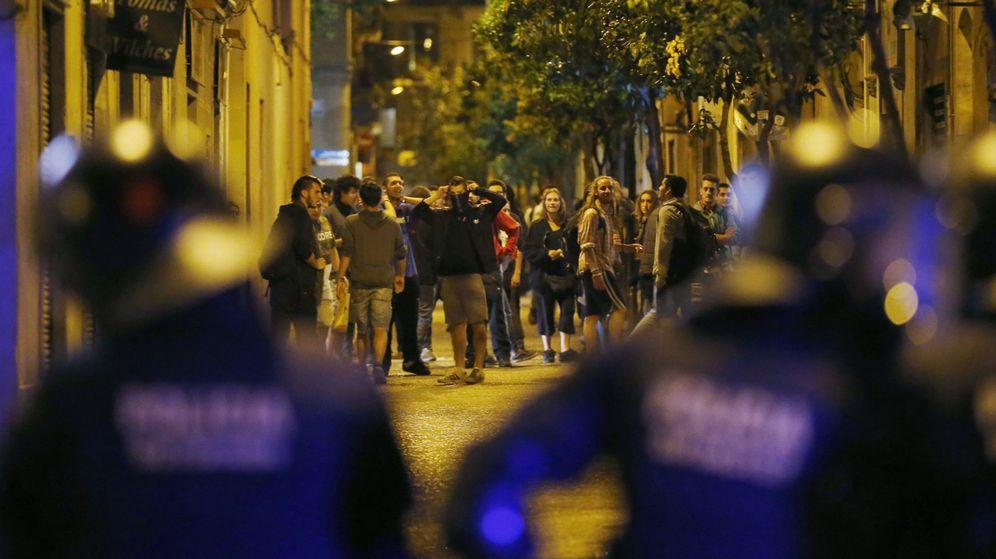 Foto: Altercados en el barrio de Gràcia. (EFE)