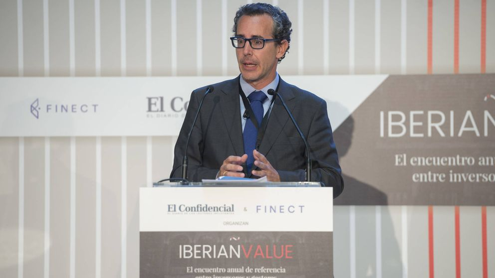 AzValor aprovecha la crisis catalana para dar salida a toda la liquidez de su cartera