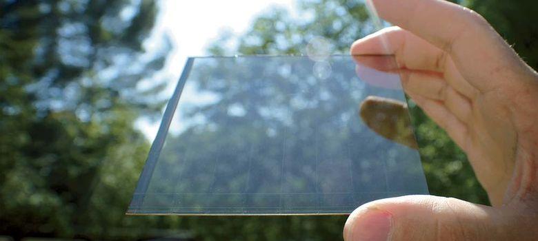 Foto: Pantallas que se cargan al sol para alargar la autonomía del 'smartphone'