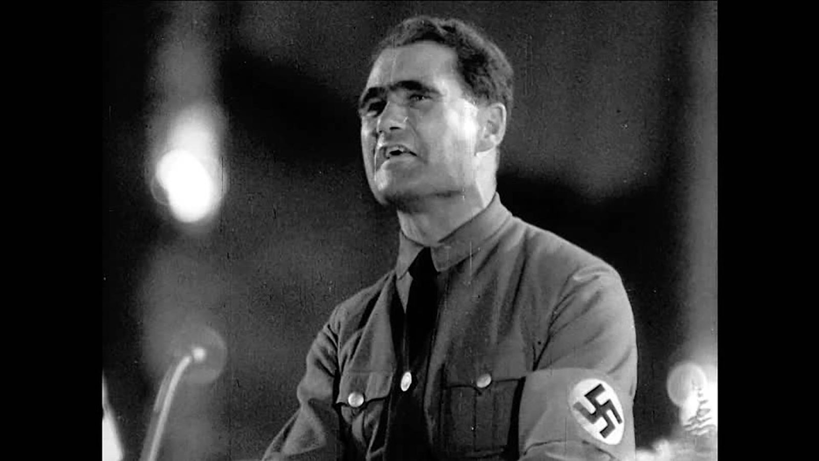 Foto: Rudolf Hess, durante un discurso del partido nazi en 1940. (CC)