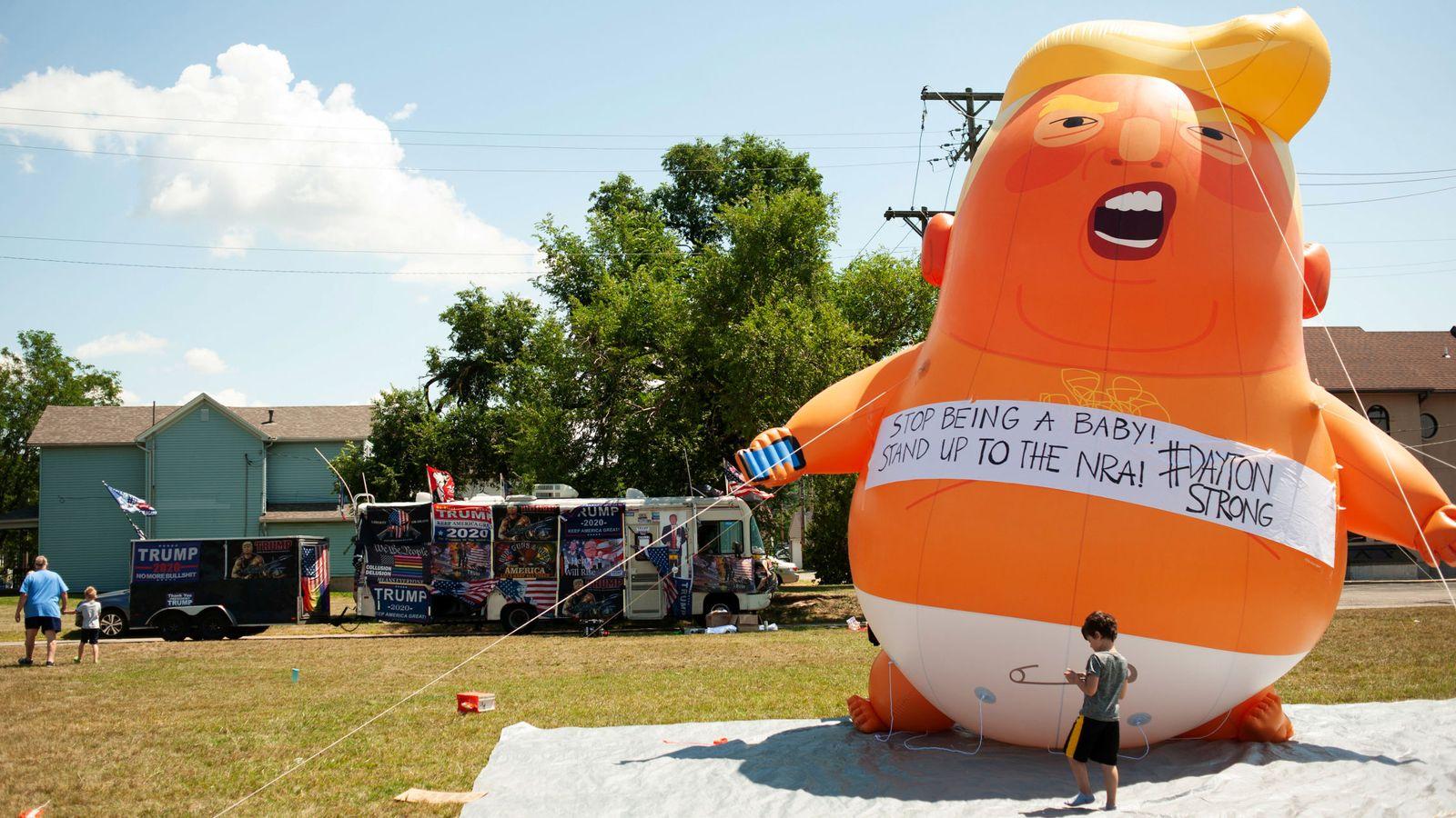 Foto: Un globo contra Trump en Dayton. (Reuters)