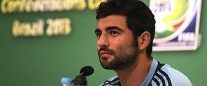 Albiol pasa el reconocimiento con el Nápoles, que anuncia que su próximo objetivo es Higuaín