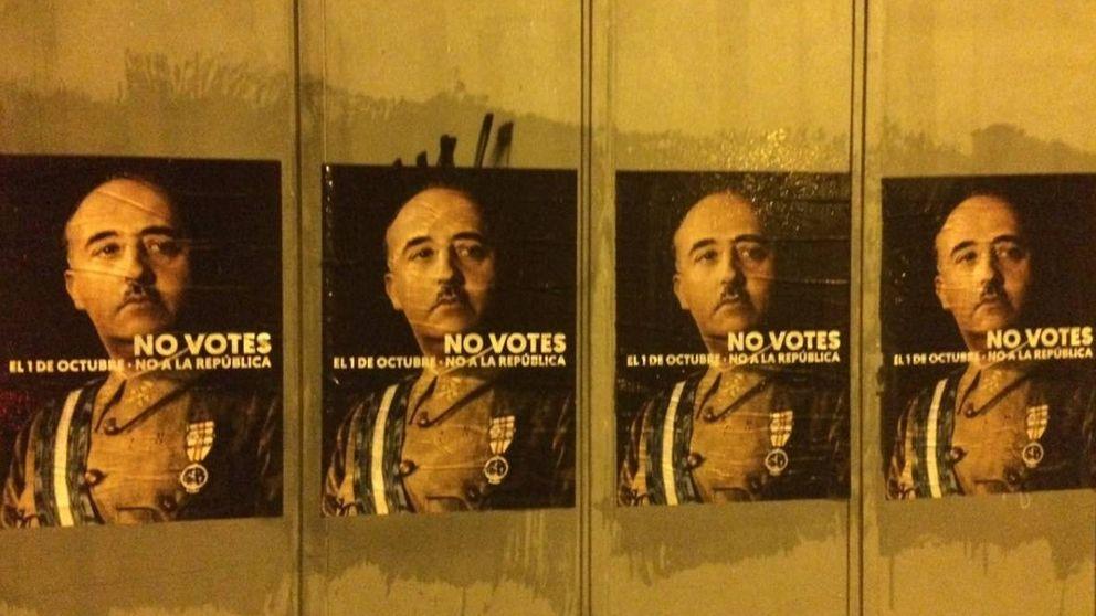 Campaña a favor del 1-O: carteles con la cara de Franco para pedir el sí